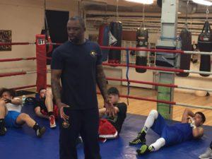 Tonton Semakala ny tränare hos DIF-Boxning