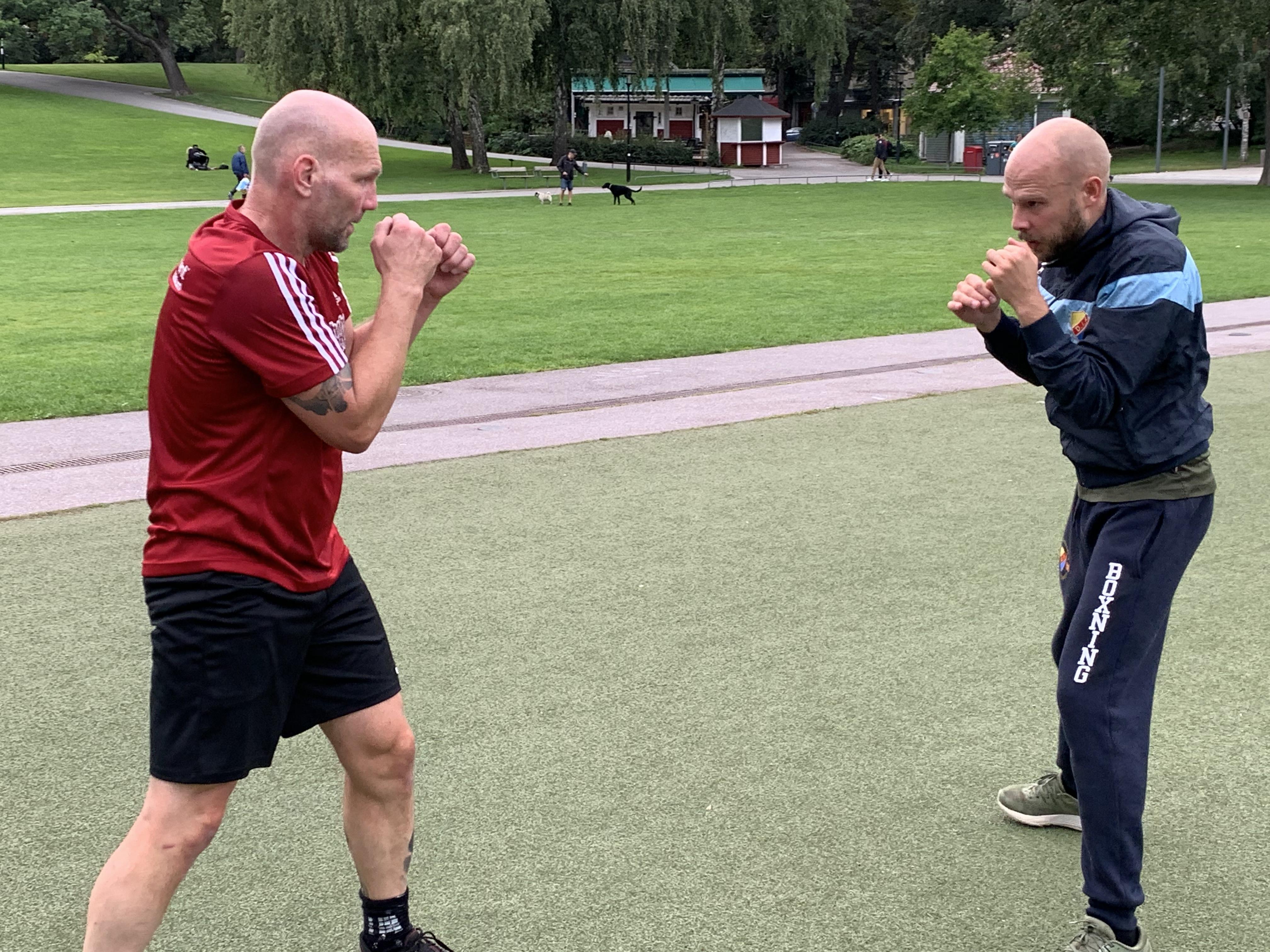 Boxare eller fotbollsspelare?