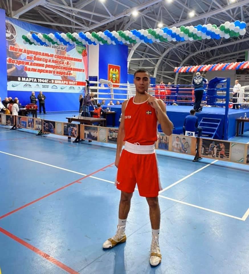 """Adam """"Bello"""" vidare till semifinal i Ryssland"""